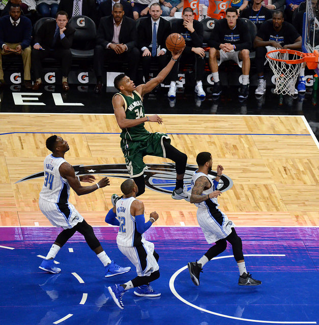 NBA: Bucks even series with Nets; Kyrie exits with injury