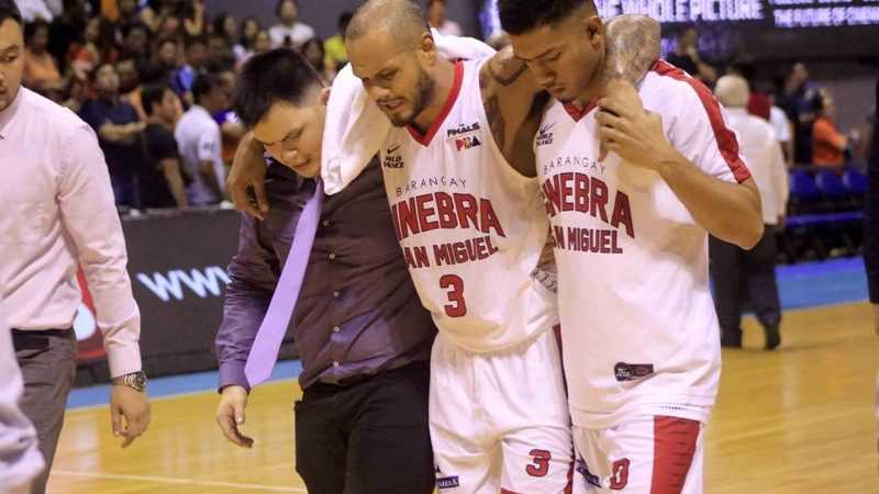 PBA: Even on crutches, 'Sol-Train' obliges to Ginebra fans