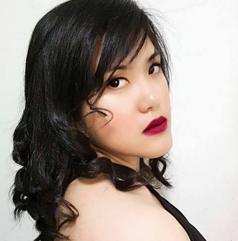 Filipina wins at International Writing contest
