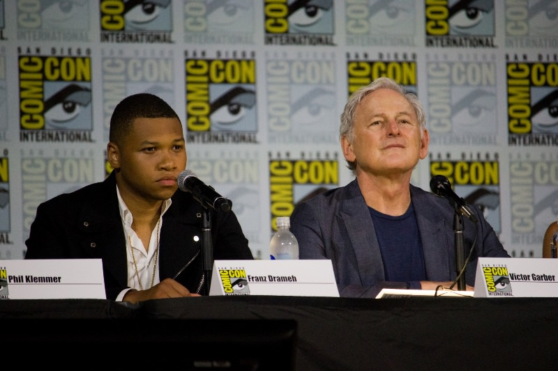 Franz Drameh and Victor Garber (photo by vagueonthehow/ Flickr)