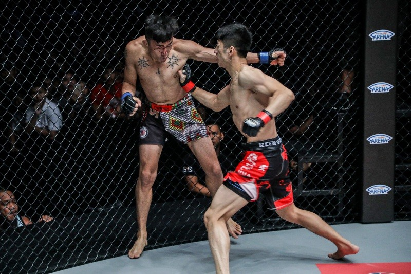 Xie Chao vs Kelvin Ong (ONE Championship photo)