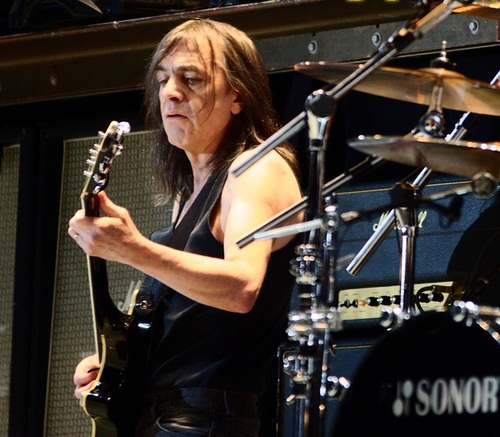 Malcolm Young (photo by Pandemonium73/ Wikimedia Commons)