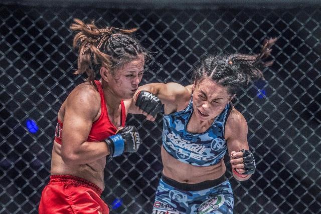 Mei Yamaguchi vs Gina Iniong (ONE Championship photo)