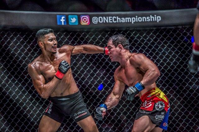 Amir Khan vs Adrian Pang (ONE Championship photo)