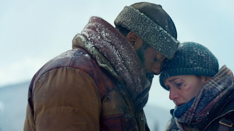 "Idris Elba and Kate Winslet in ""The Mountain Between Us"""