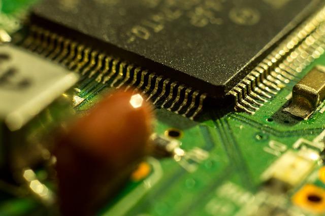 Broadcom dangles $103 B chip deal to Qualcomm