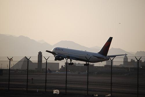 Surprise passenger prompts Delta flight to return to Detroit