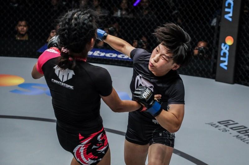 Tiffany Teo vs Xiong Jing Nan (ONE Championship photo)