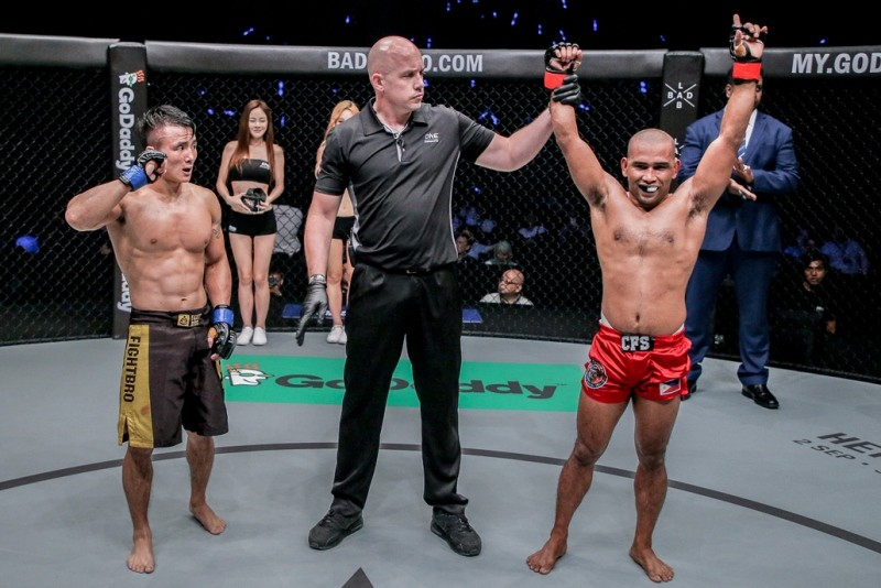 Rene Catalan (R) (ONE Championship photo)