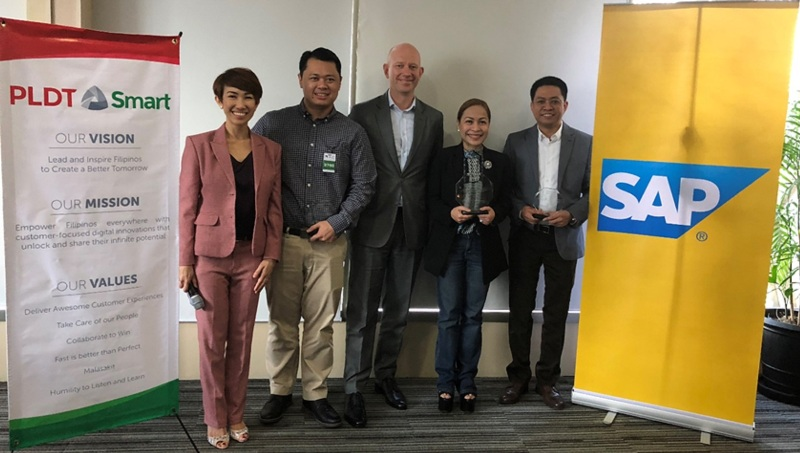(From left: Ella Mangubat - SAP Philippines Digital Business Services General Manager, Albert Billones – Head of IT CSS for PLDT, Claus Andresen – President and Managing Director of SAP Southeast Asia, Chaye Cabal-Revilla, SVP and PLDT Group Controller and concurrent Smart CFO and Edler Panlilio, Managing Director of SAP Philippines)