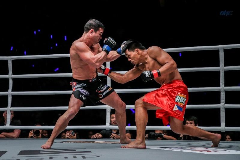 Honorio Banario vs Adrian Pang (ONE Championship photo)