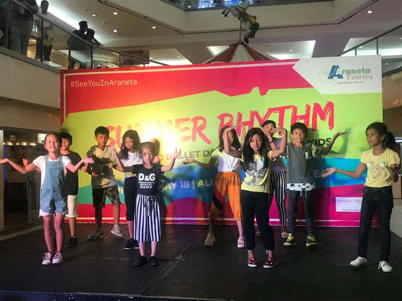 Kids dance to the Summer Rhythm at the Araneta Center