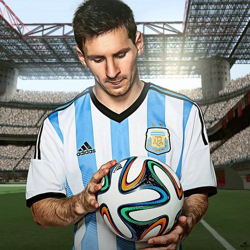 Premier League: Messi confirms pay cut for Barca players