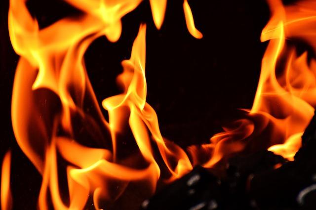 Market fire kills 15 in Kenya capital