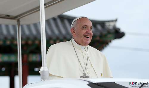 Pope in first trip outside Rome since virus lockdown