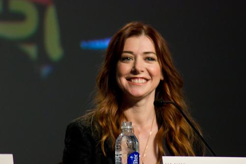 Alyson Hannigan plays TV mom to glitter-loving 'Fancy Nancy'