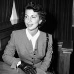 Nancy Sinatra Sr. (AP photo)