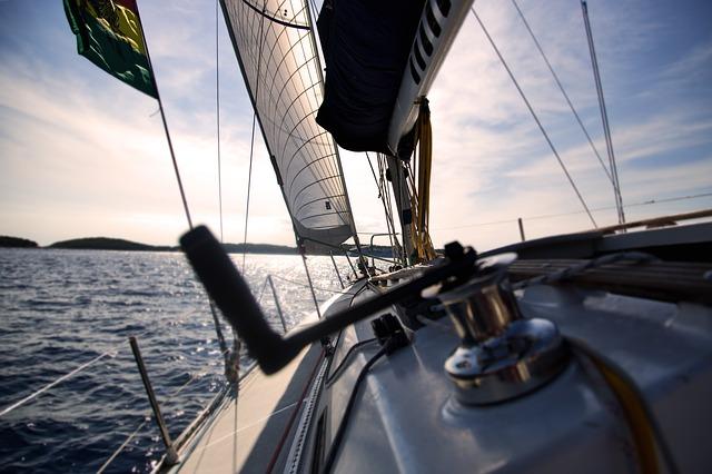Australian becomes 1st woman to skipper Clipper race winner