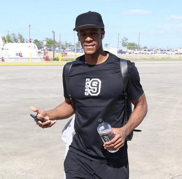 Rondo joins LeBron's revamped Lakers