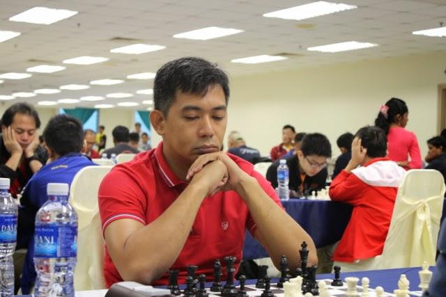 Filipino wins gold in Singapore Blitz Chess