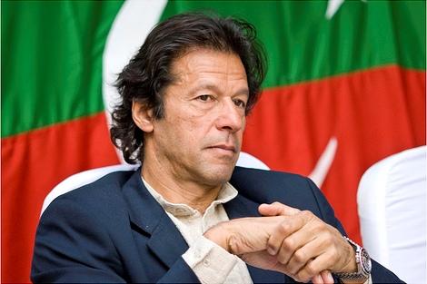 Pakistan's Khan in Saudi Arabia on maiden foreign visit