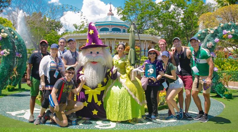 Phantom of the Opera Cast goes to Enchanted Kingdom
