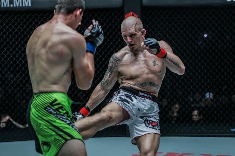 Zebaztian Kadestam vs Georgiy Kichigin (ONE Championship photo)
