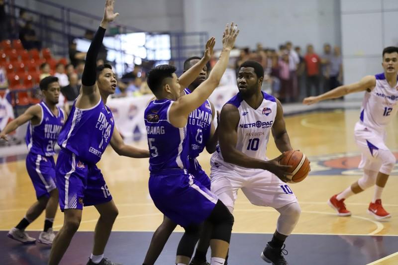 Pierre Tankoua  (light) vs Jeramer Cabanag & Kevin Gandjeto (dark)