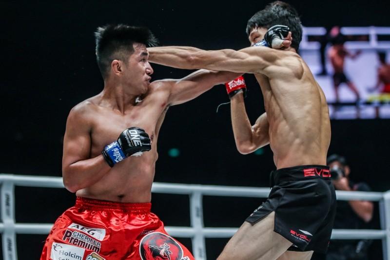 Kim Kyu Sung VS Geje Eustaquio (ONE Championship photo)