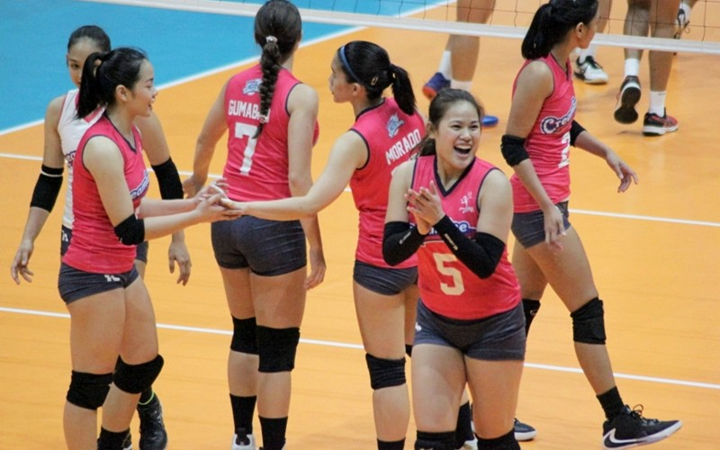The Cool Smashers celebrate after scoring a point against the Jet Spikers (PVL photo)