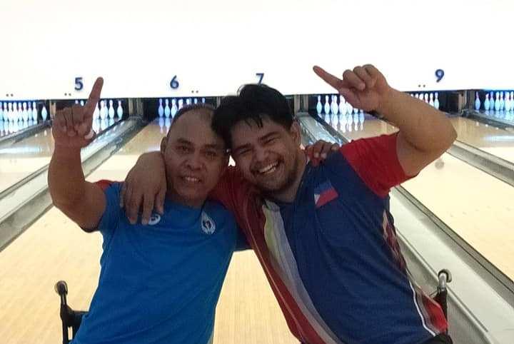 PH bowlers Jaime Baguitan Manginga and Francisco Ramirez Endaco (photo credit: George Manozo)