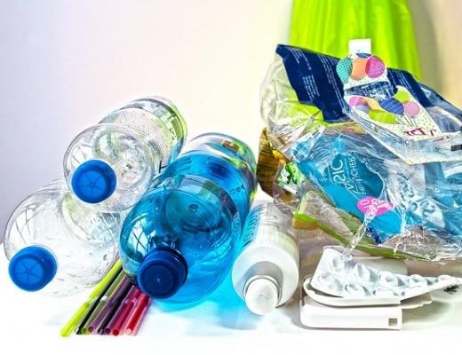 plastic waste (pixabat photo)