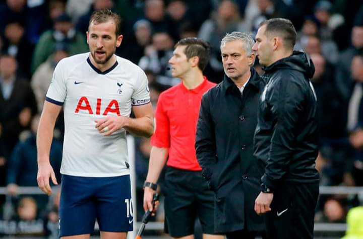 Football: Will Harry Kane remain with Tottenham or transfer to Manchester United?