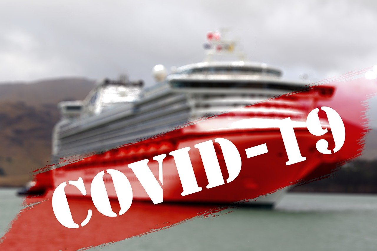 Singapore 'cruise to nowhere' cut short after virus case