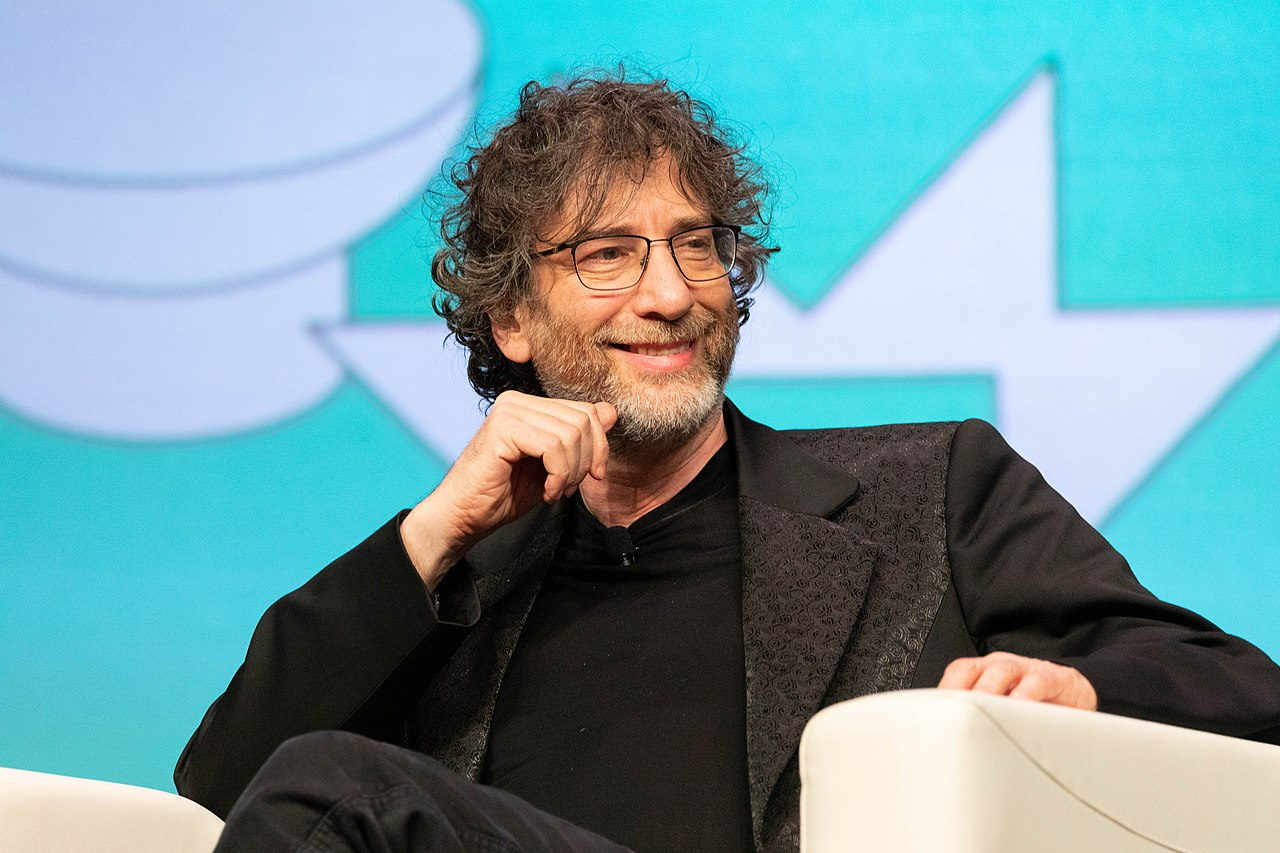 Netflix 'Sandman' Production Delayed By Coronavirus, Says Neil Gaiman