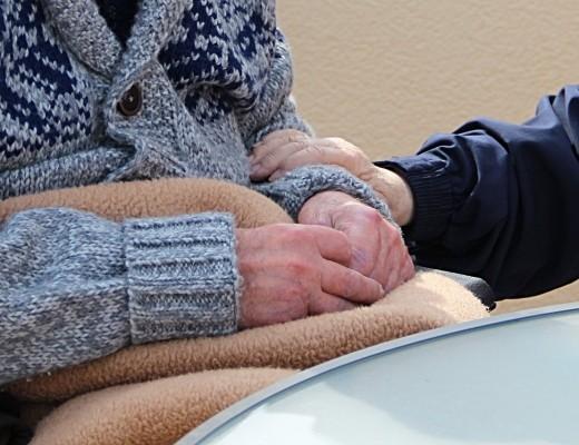 nursing home, coronavirus, caregiver [pixabay photo]