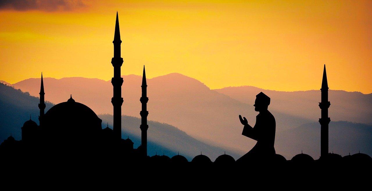 Saudi declares Eid al-Fitr to start on Sunday