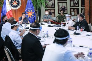 President Rodrigo Roa Duterte holds a meeting with members of the Inter-Agency Task Force on the Emerging Infectious Diseases (IATF-EID) at the Malago Clubhouse in Malacañang on May 25, 2020. ACE MORANDANTE/PRESIDENTIAL PHOTO