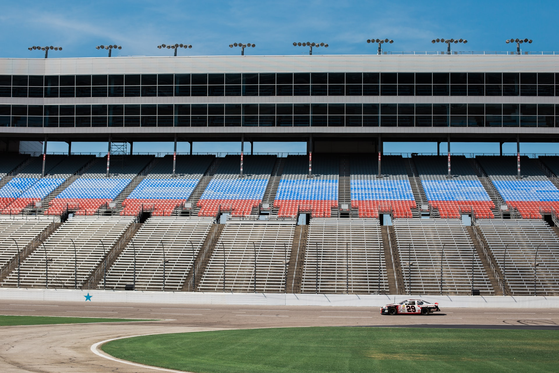 US NASCAR auto racing returns in May on empty ovals