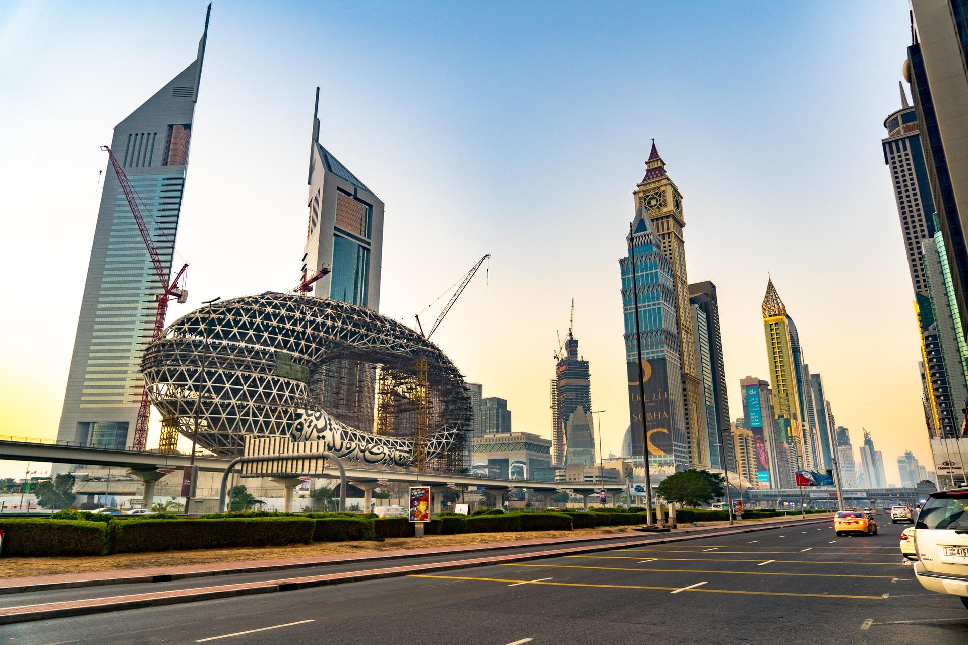 Dubai's huge service sector faces unsure future