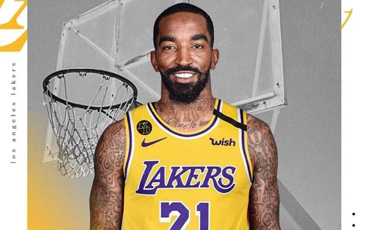 NBA: JR Smith officially a Los Angeles Laker