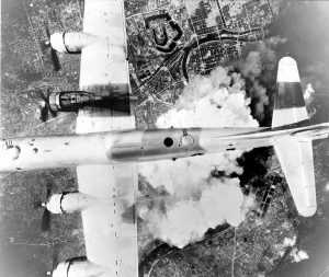 Hiroshima bombing [United States Army Air Force | Wikimedia commons]