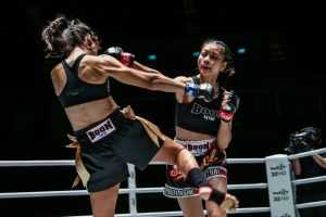 Supergirl Jaroonsak Muaythai VS Milagros Lopez (ONE Championship photo)