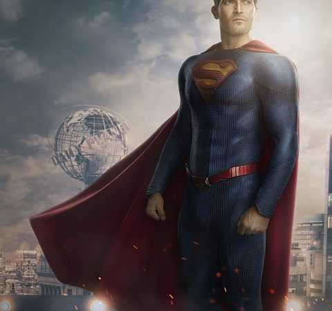 Superman & Lois' first look: See Tyler Hoechlin in new Superman suit