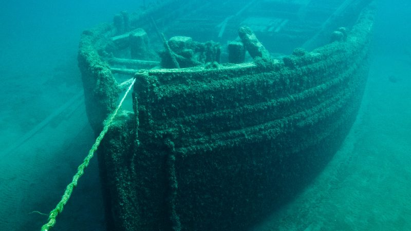 'Deepest wreck dive' reaches US WWII ship off PH