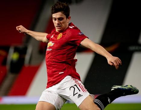 Transfer News: Welsh winger leaves Red Devils for Leeds United