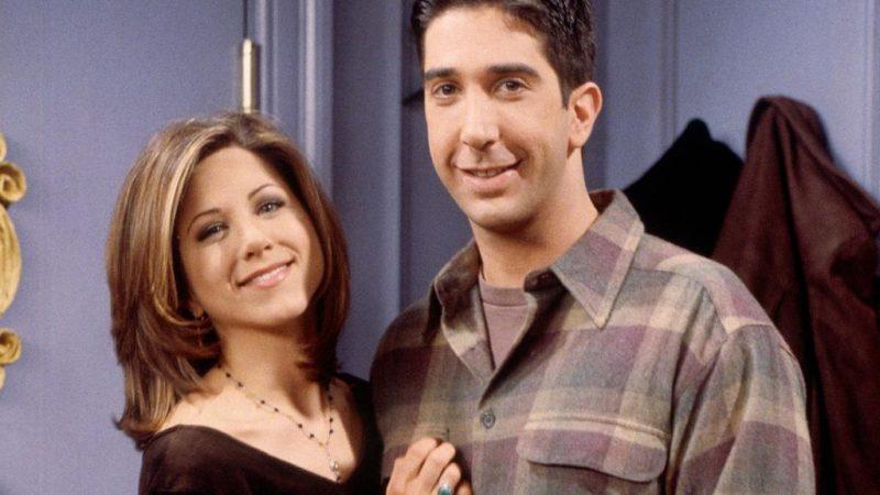 'Friends' star David Schwimmer denies Jennifer Aniston romance reports