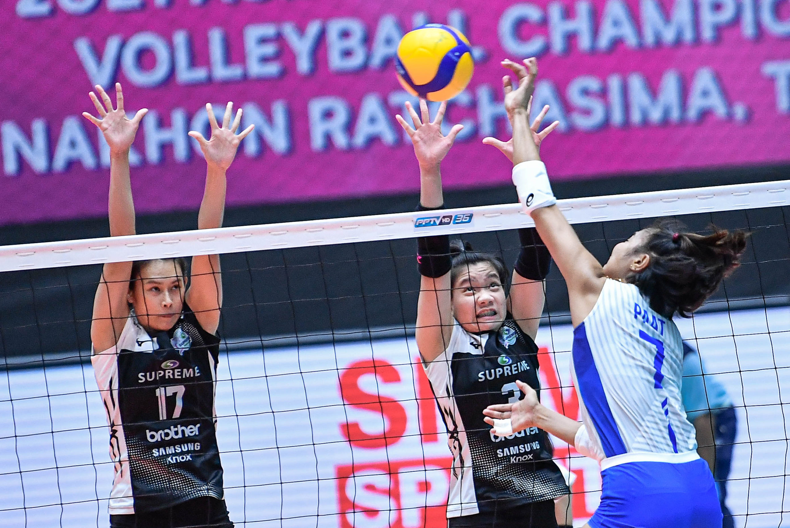 Mau, Paat, Tolenada deliver in Choco Mucho's valiant effort against Supreme Chonburi. [photo credit: Asian Volleyball Confederation / Eddy Phongphakthana]